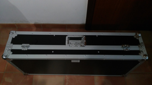 Flight case maleta para dj