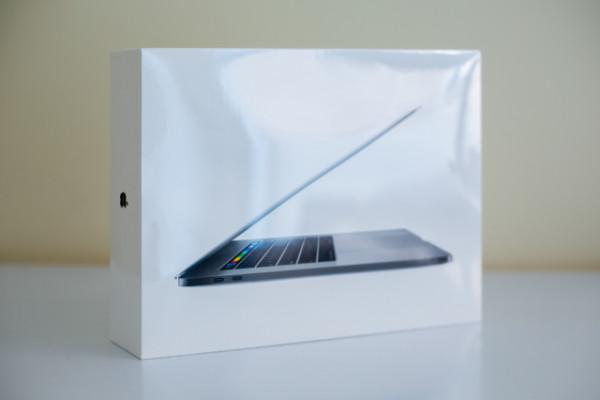 """MacBook Pro 15"""" retina+touchbar - NUEVO A ESTRENAR"""