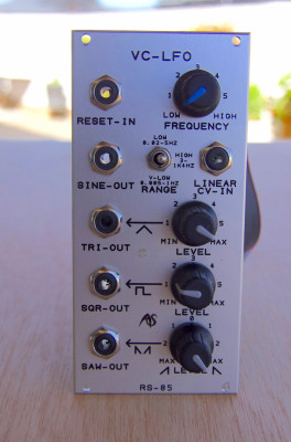 Analogue Systems RS-85 Extended VC-LFO