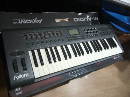 Teclado M-Audio Axiom 49 (150 €)