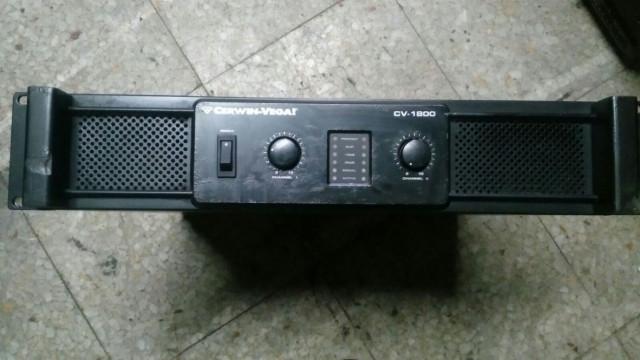Etapa de potencia Cerwin Vega CV1800