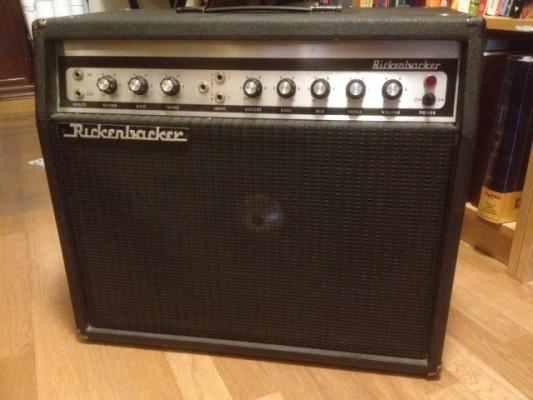 Amplificador solid state Rickenbacker R56G