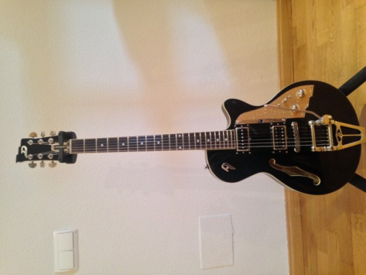 Vendo Guitarra Duesenberg Starplayer TV Black