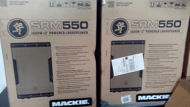 Mackie SRM 550