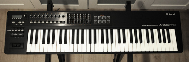 Vendo Roland A-800 PRO