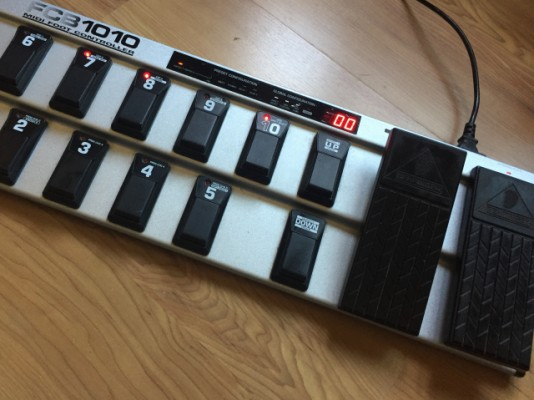 Vendo Midi Footcontroller FCB1010 UNO EPROM