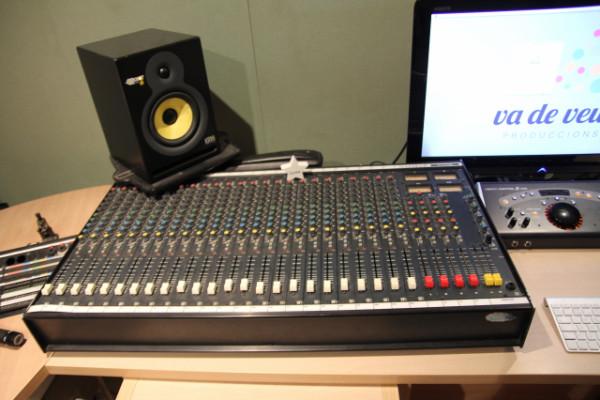 Mesa analogica Soundcraft 200 SR 24 pistas