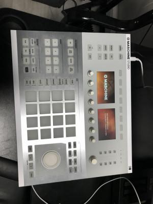 Maschine Studio Blanca impoluta