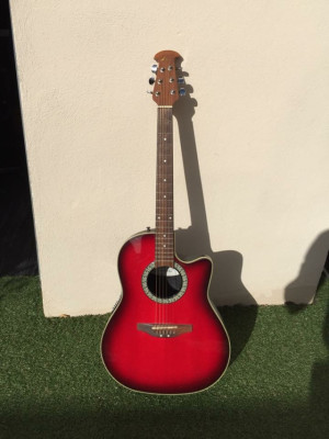 Guitarra electro- acústica Ovation