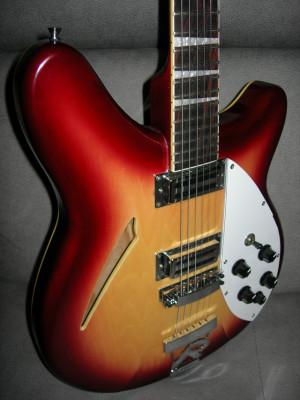 Guitarra Remingster tipo Rickenbacker 360 330 de 6 cuerdas
