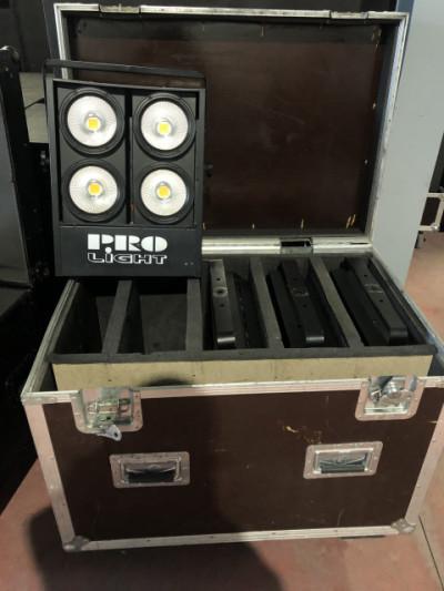 Pack 4 cegadoras Led Pro Light en flightcase