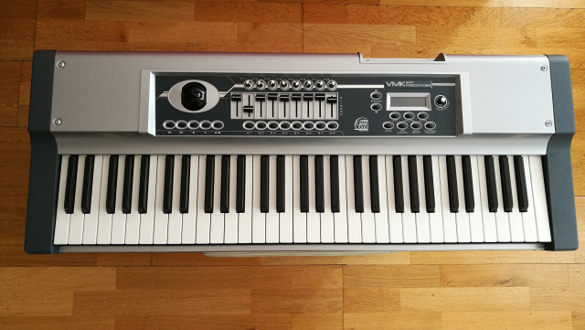Teclado Máster MIDI Studiologic.
