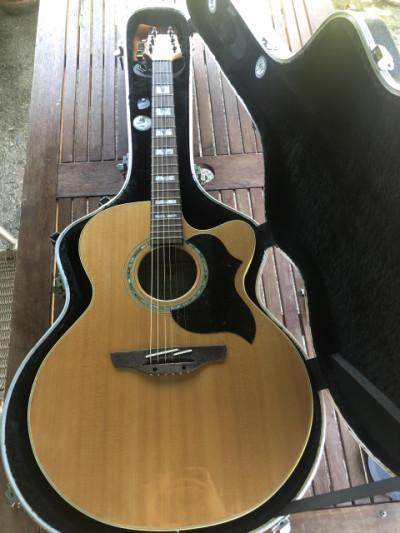 Guitarra takamine electro acústica