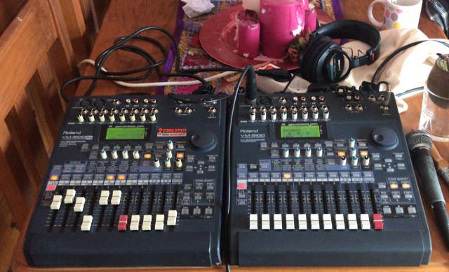 Roland VM-3100 PRO Electronic Digital Mixer Mixing Station 24 Bit