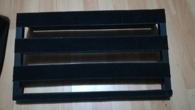 Pedalboard Donner 51x30x10