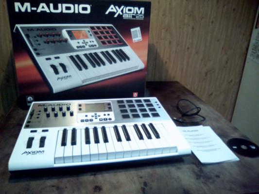 Controlador Midi / M-Audio Axiom AIR 25 / Teclado & Pads