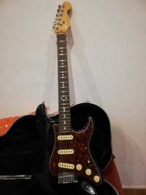 Fender Stratocaster AM 1996 (americana)