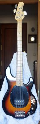 musicman STINGRAY 4C sunburst 3eq
