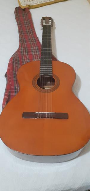 Guitarra clásica española artesana