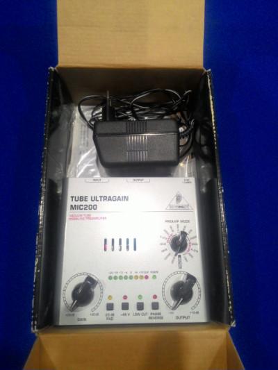 Previo Behringer tube ultragain mic 200