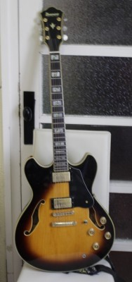 Vendo: Guitarra Ibanez artstar AS 120 año 1999