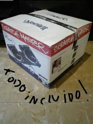 TOCADISCO DJ + MIXER GEMINI TT02