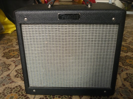 Fender Pro Junior III + regalo