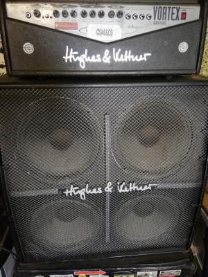 Cabezal de guitarra Hughes & Kettner Vortex + Pantalla 4x12