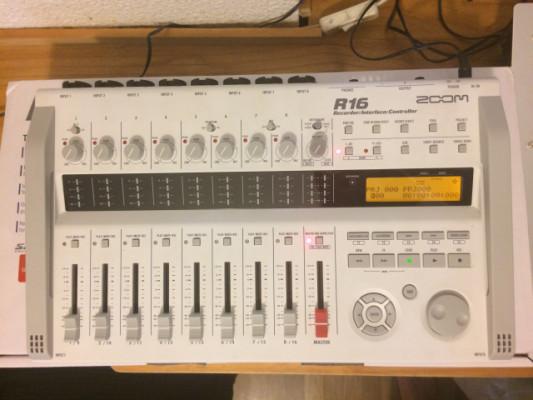 Grabadora digital multipistas ZOOM R16