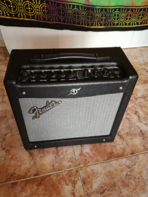 Fender Mustang l v.2