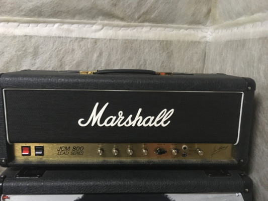 JCM 800 MARSHALL