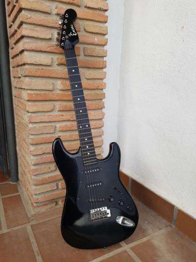 Encore Stratocaster, fabricada en Corea, años 70/80