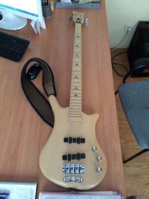 Warwick Limited Edition Thumb Bass