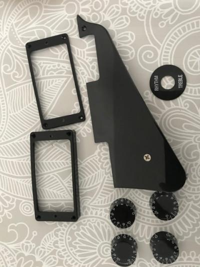 Golpeador, botones y marcos humbucker Gibson original. Negros. RESERVADO