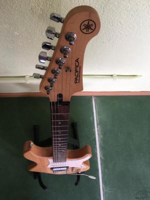 Guitarra Yamaha Pacifica 112v