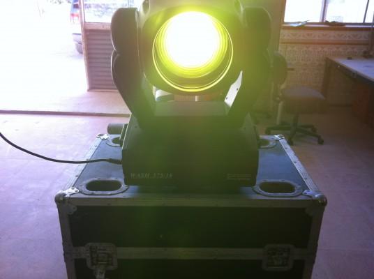 cabezas moviles SMART LIGHT  impact wash 575 pro