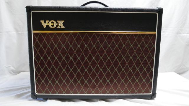 Amplificador VOX AC15 C1