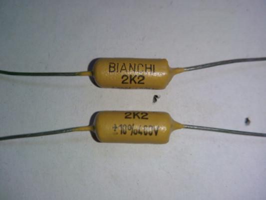 Condensador Mullard mostaza Bianchi 2K2 400V +/- 10% X10 Unidades