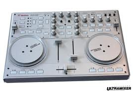 VESTAX  VCI 100 + TARJETA NATIVE INSTRUMENTS AUDIO 2 DJ