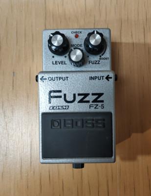 Pedal fuzz Boss FZ5