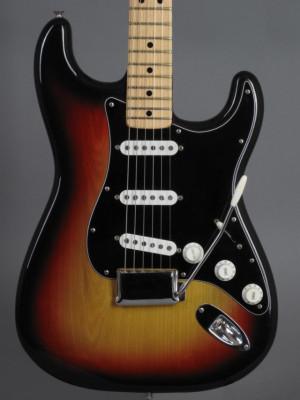 1976 Fender Stratocaster  USA - 3-tone Sunburst