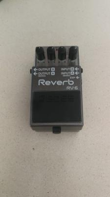 Boss RV-6 como nuevo