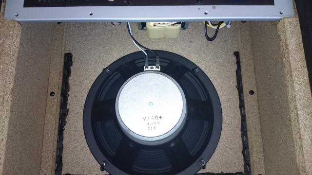 Altavoz amplificador VOX 40w