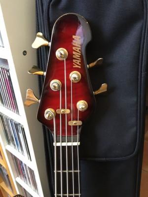 bajo Yamaha BBG5-A (5 cuerdas)
