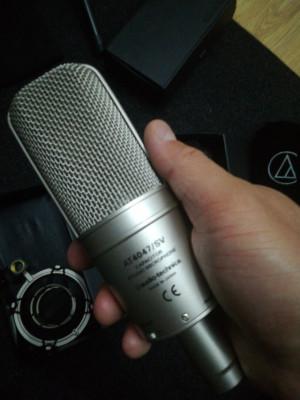 Audio Technica AT4047 Micrófono tipo Condensador