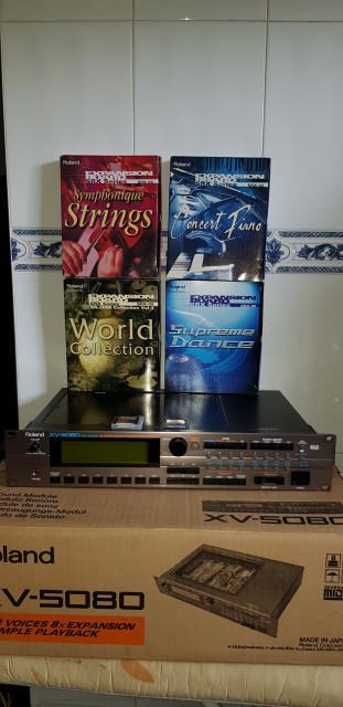 Roland XV5080 con ampliaciones y tarjetas