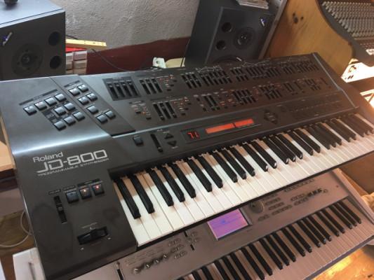 Sintetizador roland jd800