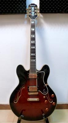 Epiphone Sheraton año 2002 electrónica Gibson