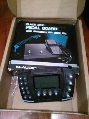 M AUDIO BLACK BOX + PEDALERA