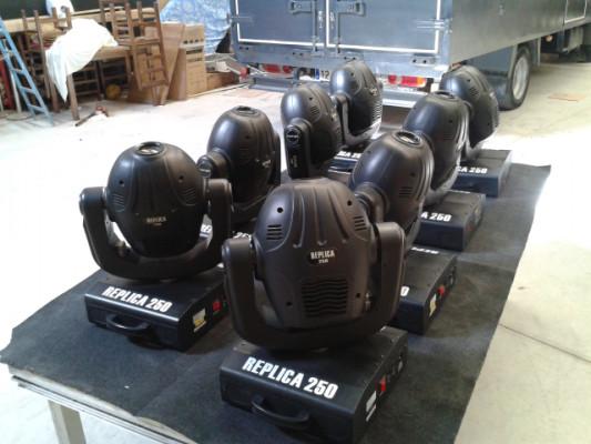 cabezas  moviles  replica  250  y  genius  Omega 2